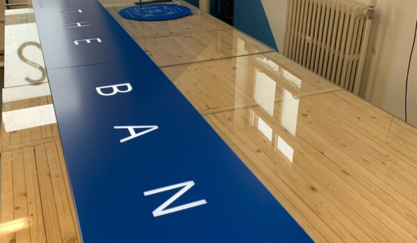 Blue sign tray